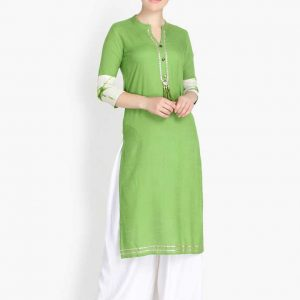 Women Rayon Solid Straight Kurta (Green)
